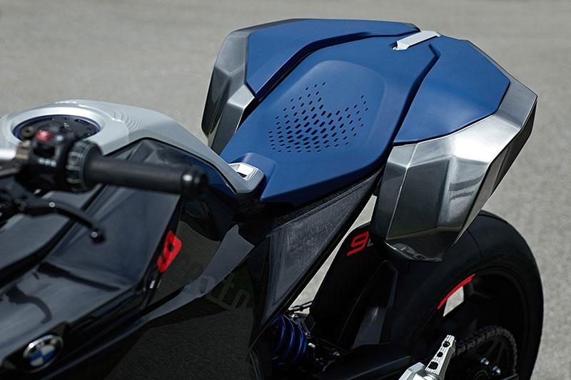 bmw_motorrad_Concept_9cento_13