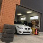 車のタイヤもWEB通販時代に突入!? タイヤ交換… PIRELLI DRAGON SPORT(ピレリ ドラゴンスポーツ)レビューあり! BMW E61 525i