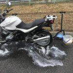 最後の洗車は別れの儀式!? さよならの前章編… BMW R1200R(2010)